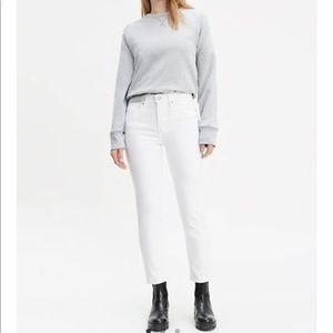 Levi's slim crop white jeans 28